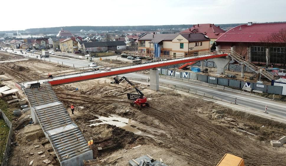 Film do artykułu: Wielka budowa obwodnicy Morawicy. Zobacz zdjęcia i film z drona (WIDEO, zdjęcia)