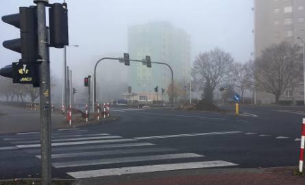 Od 15 listopada do końca listopada wyłączona zostanie sygnalizacja świetlna na skrzyżowaniu ul. Wyszyńskiego i Zawadzkiego w Zielonej Górze. Mogą wystąpić