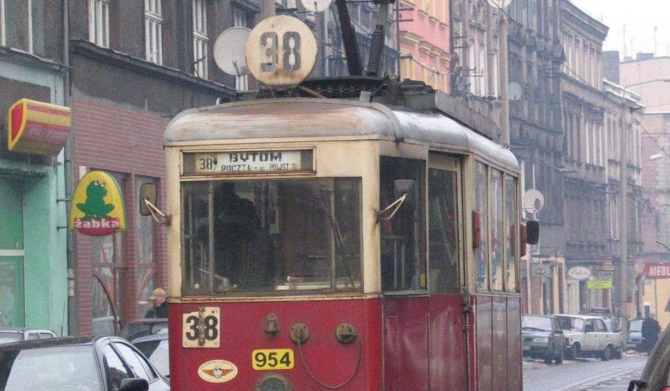 Film do artykułu: Zabytkowy tramwaj nie zniknie z Bytomia!