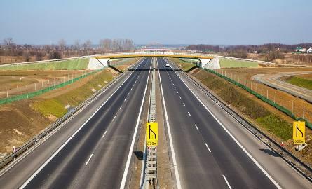 To właśnie S16 została wyznaczona na drogowy łącznik między Via Carpatią, a Via Baltiką.