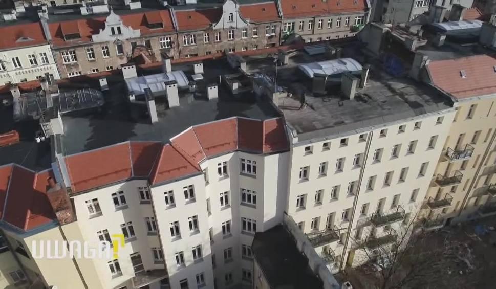 """Film do artykułu: Remont, który rujnuje życie lokatorów. """"Bareja miałby gotowy scenariusz"""" Wyszyńskiego z problemami"""