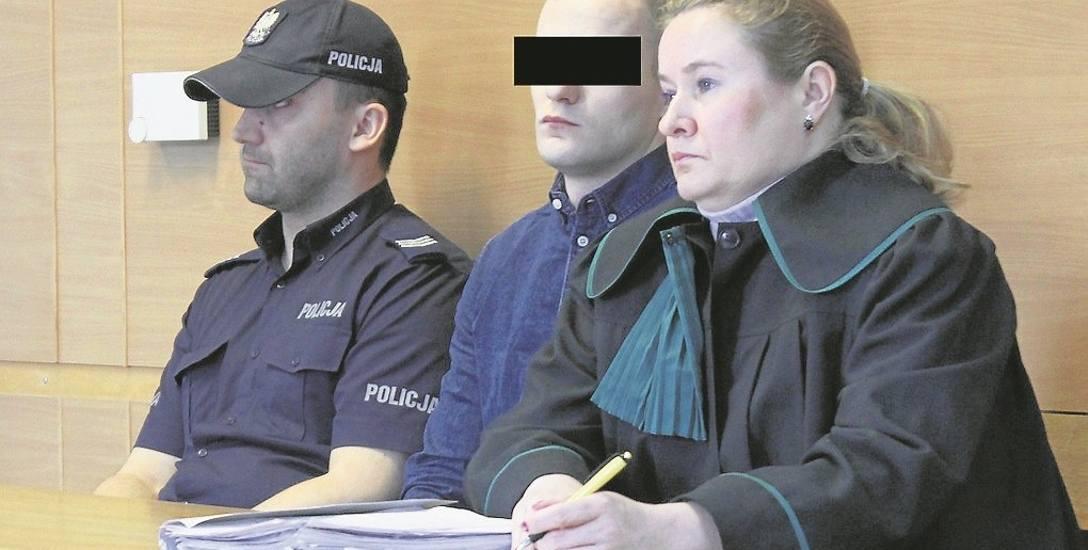 Oskarżony Kamil P.  przed Sądem Rejonowym w Chrzanowie  ze swoją  adwokat  Justyną Głuch