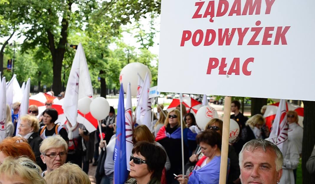 Strajk Nauczycieli 31.3.2017 R. ZNP Walczy O Podwyżki
