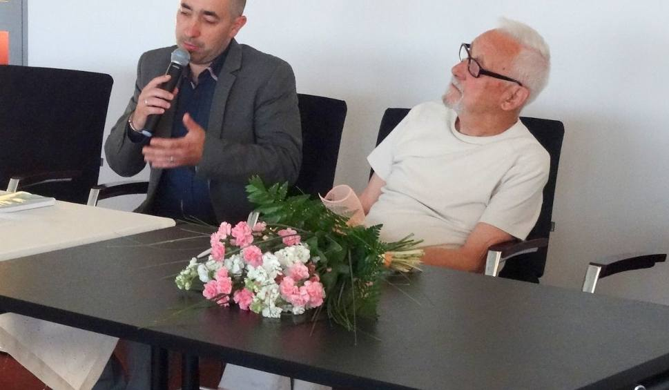 Film do artykułu: Stalowowolski literat, Mirosław Osowski,  przez 10 lat pisał... sagę
