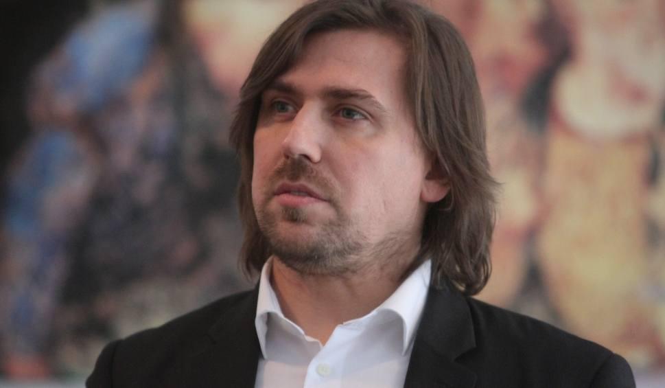Film do artykułu: Białystok. Tomasz Kaczmarek został aresztowany na 3 miesiące. Słynny agent Tomek usłyszał zarzuty prania brudnych pieniędzy [ZDJĘCIA, WIDEO]