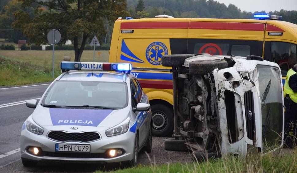 Film do artykułu: Wypadek koło Wołczy Małej na drodze krajowej nr 20 (ZDJĘCIA, WIDEO)