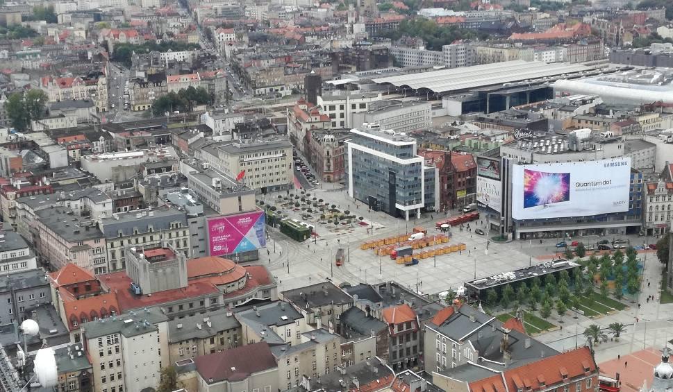 Film do artykułu: Katowice: Pijaństwo i burdy to codzienność w centrum