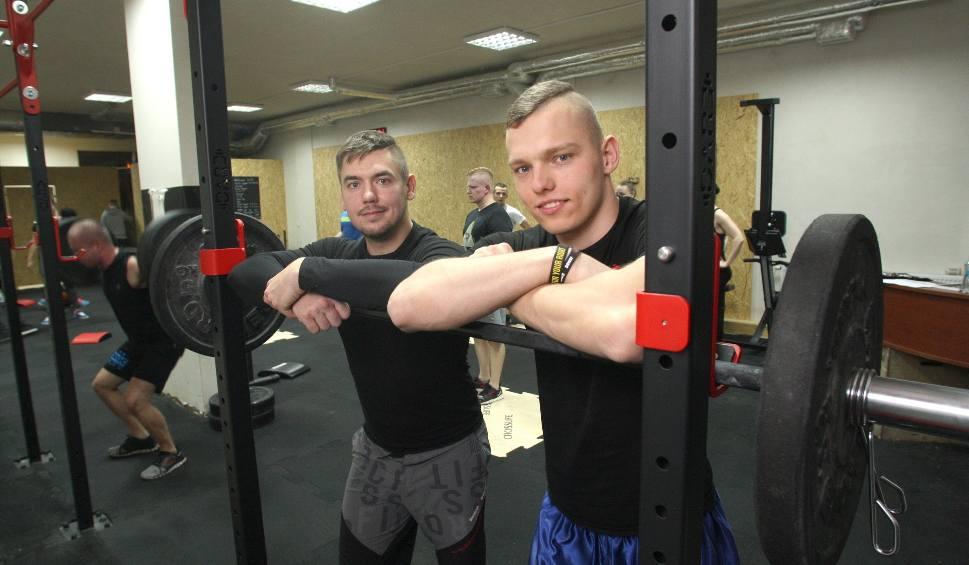 Film do artykułu: W Kielcach ruszył nowy klub dla miłośników sportów siłowych
