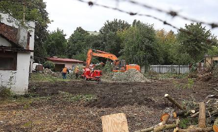 W pobliżu ul. Odolanowskiej rozpoczęły się prace porządkowe w miejscu, gdzie wykopana będzie komora startowa tarczy TBM.
