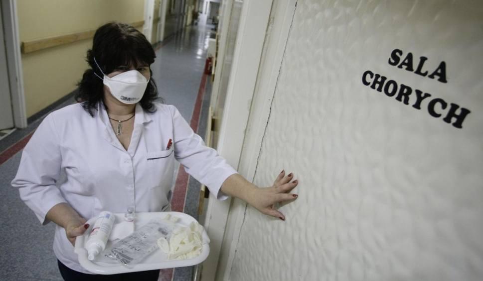 Film do artykułu: Żółtaczka atakuje! Gwałtowny wzrost zachorowań w Sosnowcu. Źródło zarazków nieznane