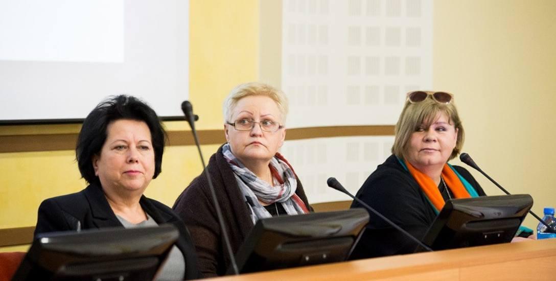 Nie wszystkie potrzeby seniorów są zauważane. Powstająca rada pomoże to zmienić - mówi Anna Skorko (w środku)