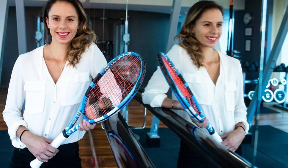 Film do artykułu: Australian Open. Naomi Osaka zbyt mocna dla Magdy Linette. Poznanianka dołączyła do Kamila Majchrzaka i Huberta Hurkacza