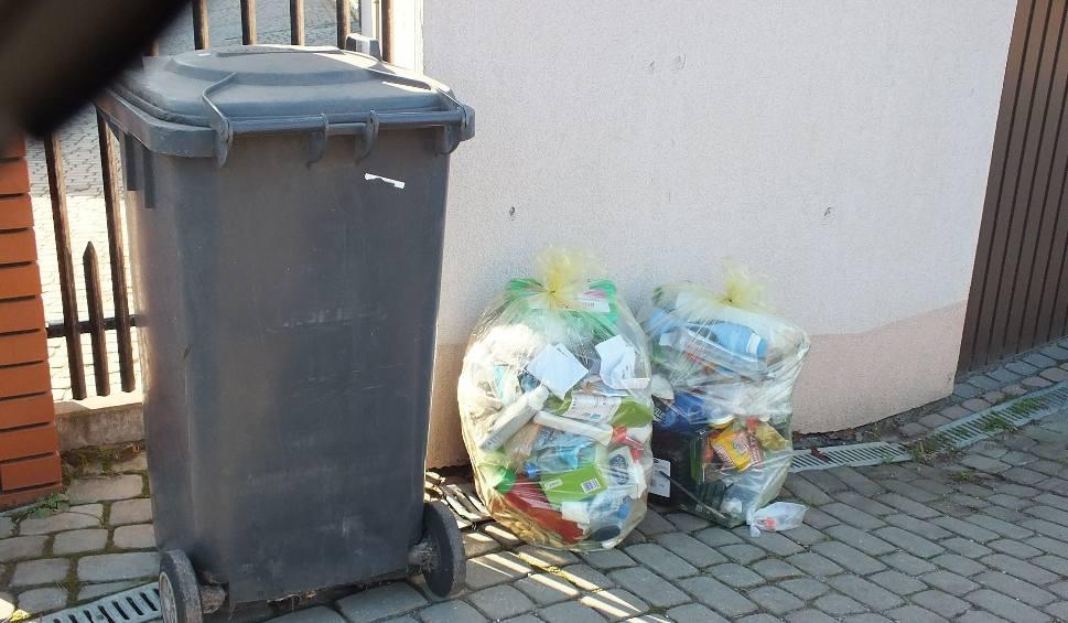 Film do artykułu: Ceny wywozu śmieci w Starachowicach. Od stycznia drastyczne podwyżki