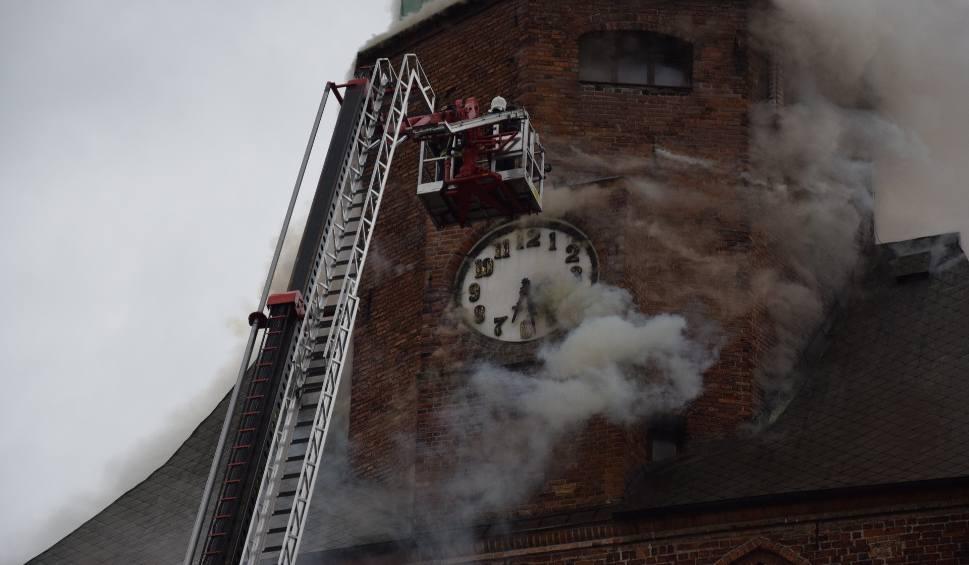 Film do artykułu: Remont katedry w Gorzowie coraz bliżej. Teraz przy wieży stanie rusztowanie