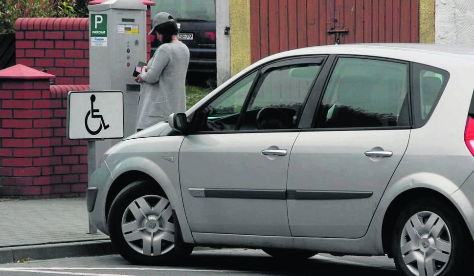 Film do artykułu: W Bytowie w sobotę parkowanie za darmo