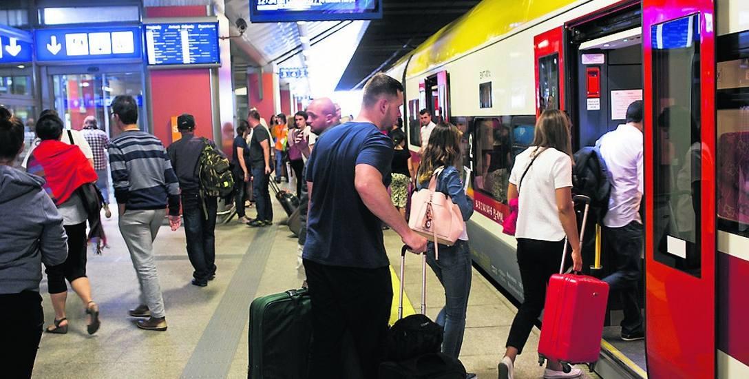 W Krakowie połączenie z lotniskiem w Balicach cieszy się ogromną popularnością