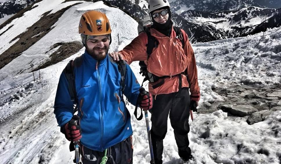 Film do artykułu: Dawid Gwoździk, niewidomy 29-latek z Bełchatowa chce zdobyć szczyt w Alpach