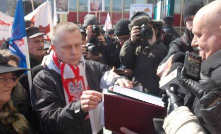 Jarosław Porwich z Solidarności zapowiedział: - To jeszcze nie koniec protestów. Bądźmy razem, nie dajmy się podzielić.