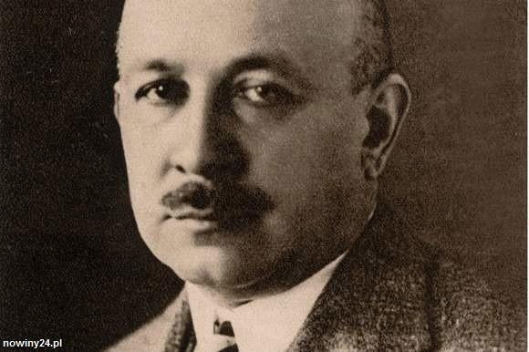 Prozaik, poeta, publicysta, krytyk teatralny. Urodził się 8 stycznia 1884 roku jako siódme dziecko Julii i Edwarda. Ukończył IV Gimnazjum we Lwowie;