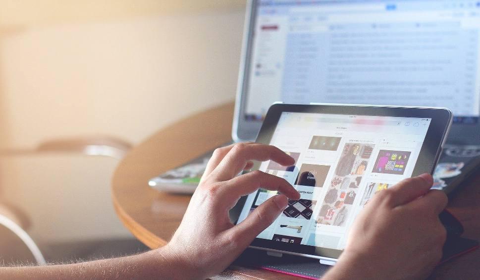 Film do artykułu: MASZEWO: Szybki internet dotrze do małych wsi. W tym roku rozpoczną się prace