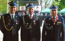 Na zdjęciu Paweł Hryniewicz, jego dziadek Franciszek i ojciec Jerzy.