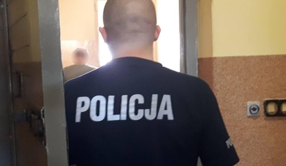 Film do artykułu: 42-latek ukradł samochód we Wschowie. Został zatrzymany już po kilku minutach