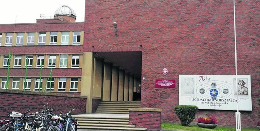 I LO mogło powiększyć swoją powierzchnię o sale, które otrzymało po zlikwidowanym Gimnazjum nr 2