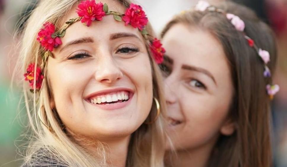 Film do artykułu: Pol'and'Rock Festival. Te kobiety wpadły oko naszym fotoreporterom, piękne woodstokowe damy z najpiękniejszego festiwalu