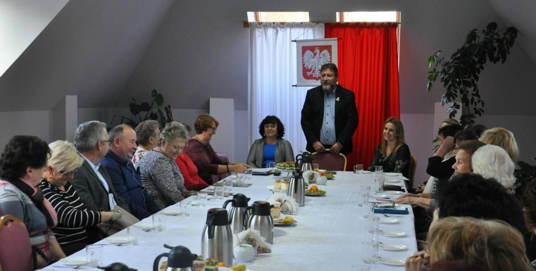 Seniorzy z gminy Kowalewo mogą korzystać z oferty Uniwersytetu Trzeciego Wieku