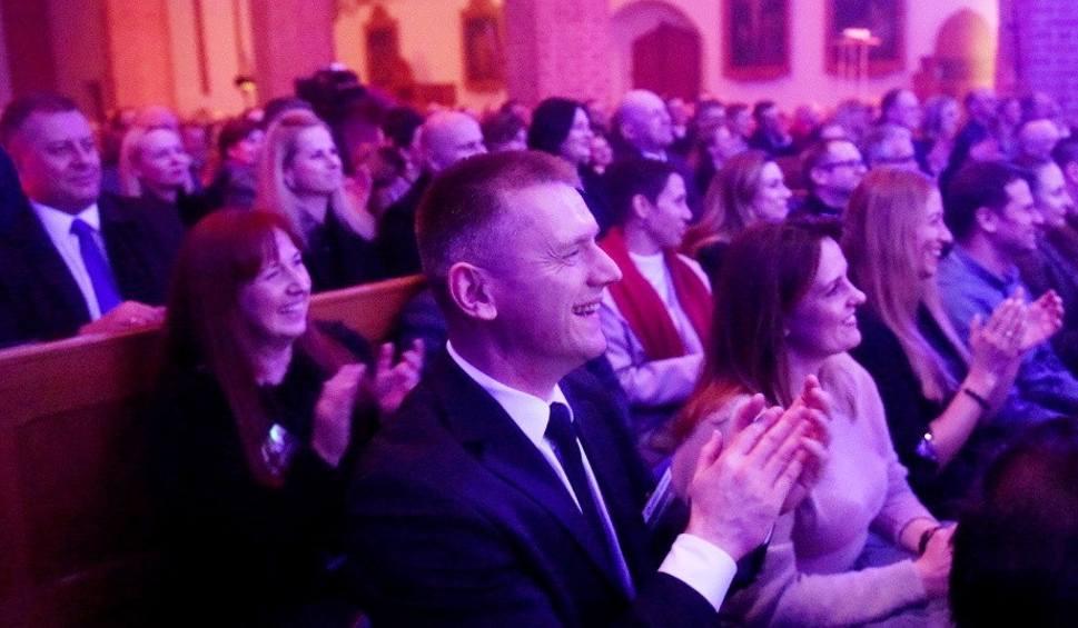 Film do artykułu: ŻARY. Koncert Noworoczny Krono 2020. Byliście wieczorem w kościele pw. Najświętszego Serca Pana Jezusa? Szukajcie się na zdjęciach
