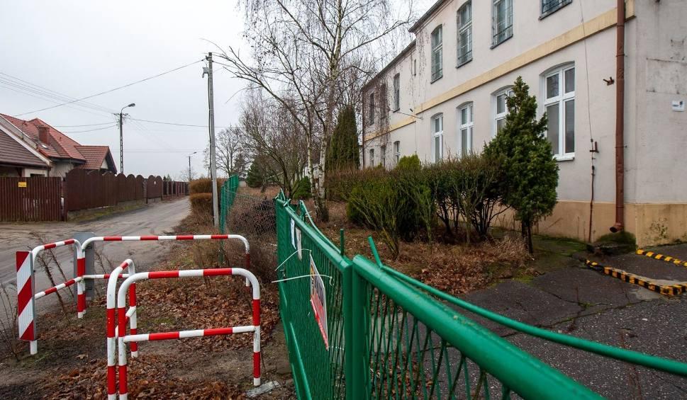 Film do artykułu: Kiedyś w tym budynku tętniło życie... Tatrzańska 21 wciąż stoi pusta, a radny pyta, co dalej