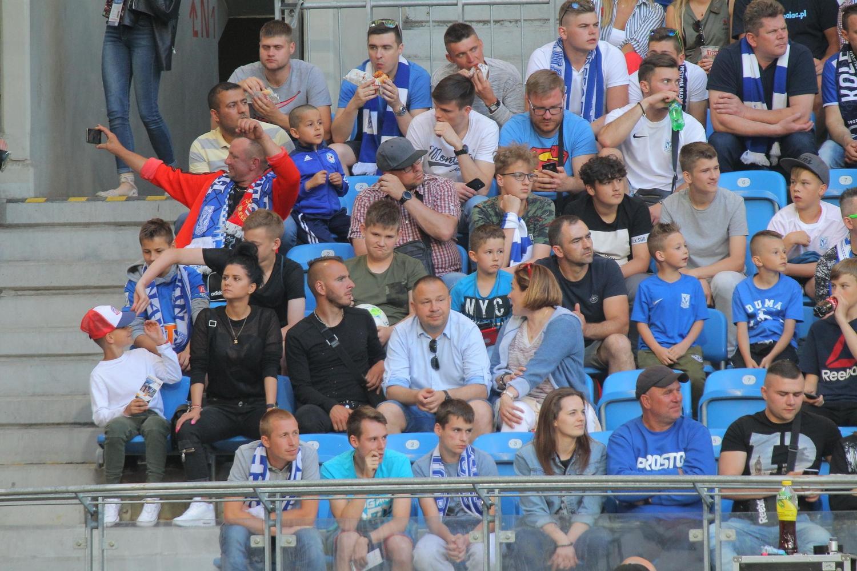 Wielka galeria kibiców z meczu Lech - Legia. Znajdź się!