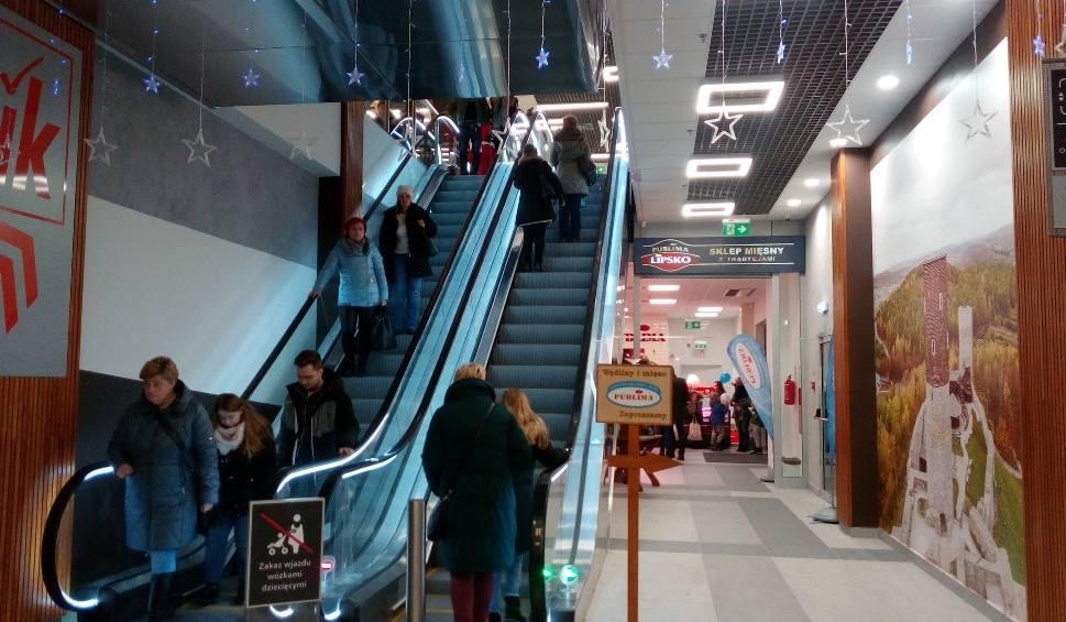 Film do artykułu: Nowe centrum handlowe - Galeria Łysica w Ostrowcu Świętokrzyskim otwarte. Zobacz co się działo pierwszego dnia (WIDEO, ZDJĘCIA)