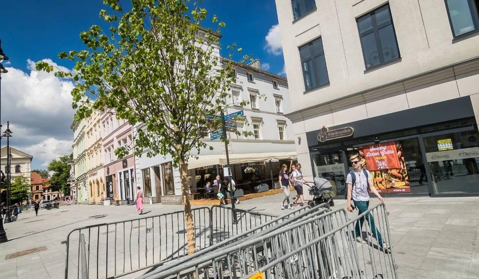 Film do artykułu: Płyta bydgoskiego Starego Rynku jest już dostępna dla pieszych