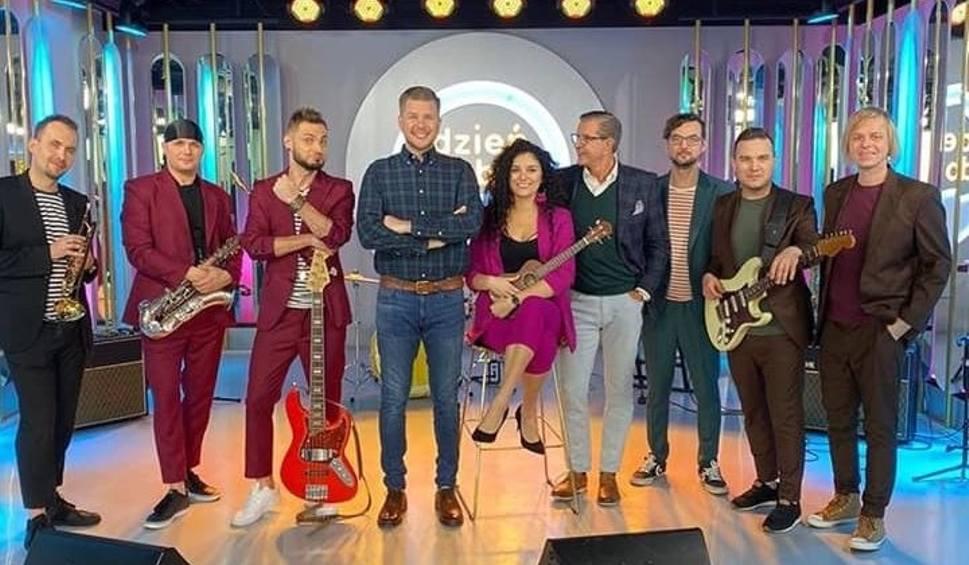 Film do artykułu: Kusz z premierą! Świętokrzyscy muzycy zrobili niespodziankę Filipowi Chajzerowi w Dzień Dobry TVN [WIDEO]