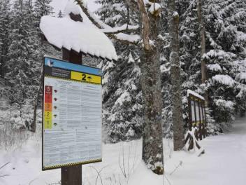 Tatry. Drugi stopień zagrożenia lawinowego. W górach coraz więcej śniegu