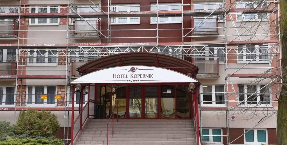Remont Hotelu Kopernik - ostatni etap, fasada.