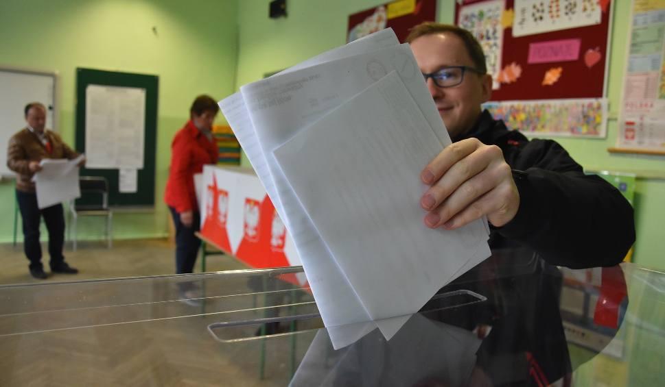 Film do artykułu: Wyniki wyborów samorządowych 2018 w Jastrzębiu, Raciborzu, Wodzisławiu i Żorach. Komentują dziennikarze DZ [WIDEO]