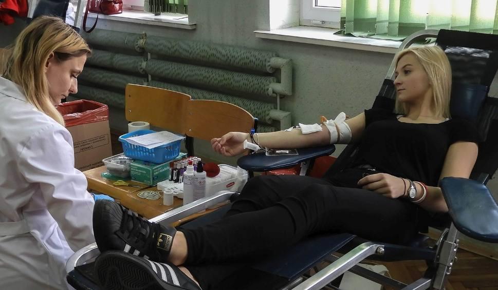 Film do artykułu: Uczniowie oddali 26 litrów krwi! Wspaniała akcja w Zespole Szkół Zawodowych numer 2 w Starachowicach