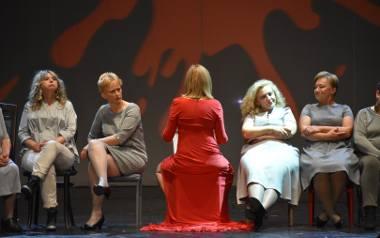 Jak żyć z rakiem? Niezwykły spektakl teatralny i rozmowa z psychoonkolożką Małgorzatą Rębiałkowską-Stankiewicz