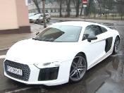 Audi R8 Plus - niecodzienny model super sportowego samochodu