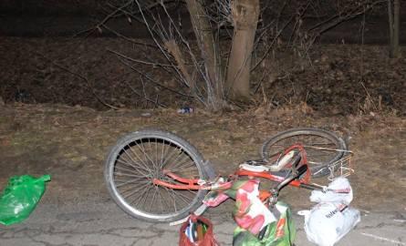 Śmiertelny wypadek rowerzystki we wsi koło Pajęczna. We wsi Patrzyków zginęła starsza kobieta