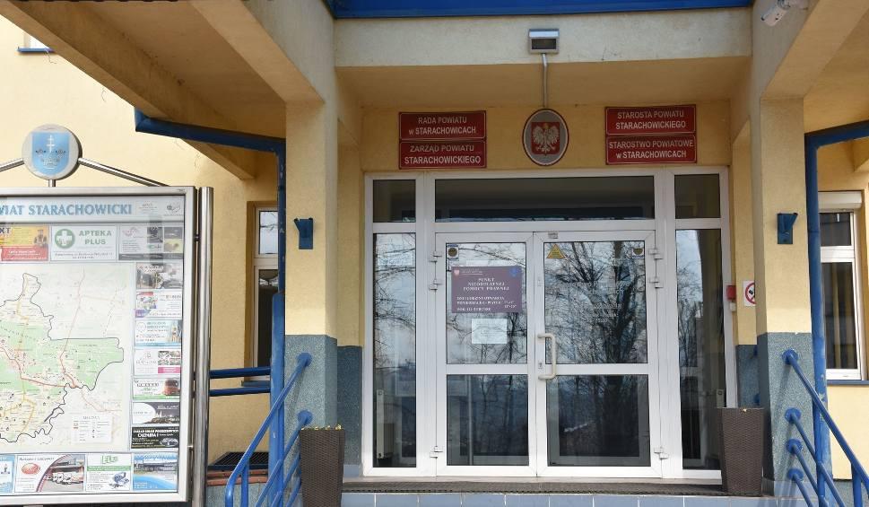 Film do artykułu: W Wigilię Urząd Miejski i Starostwo Powiatowe w Starachowicach będą nieczynne. Zobacz kiedy odpracują