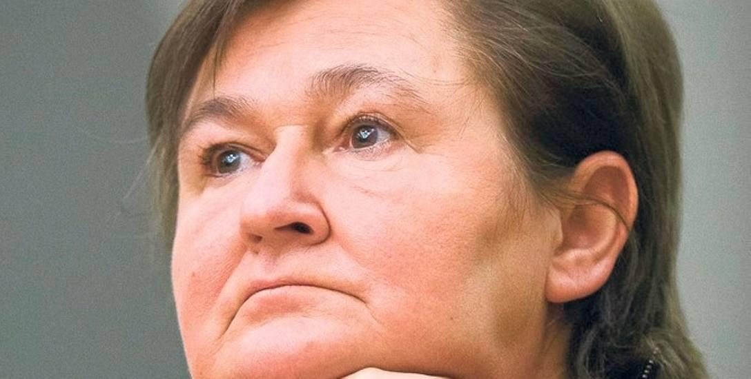 Prof. Magdalena Środa: - O kobietach milczą podręczniki. Historia Polski to historia polityczna: bitwy, wojny, przegrane powstania, a wszystko opowiedziane