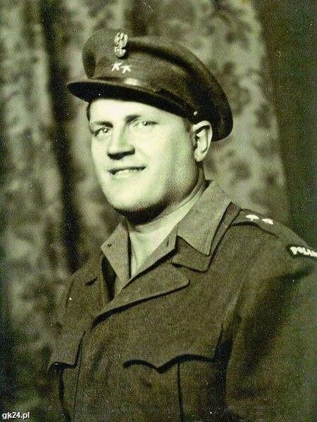 Tajemnicza postać historii II wojny światowej: niemiecki kapo Lechenich o obco brzmiącym imieniu Jonny. Człowiek, którego wspomina ciepło legendarny