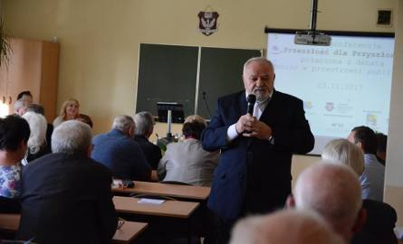 """Za nami debata """"Senior w przestrzeni publicznej"""", która była częścią VIII Konferencji """"Przeszłość dla przyszłości"""" w Wodzisławiu Śląskim."""