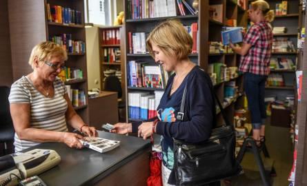 W poznańskiej księgarni Liber na Jeżycach można kupić zarówno nowe, jak używane podręczniki