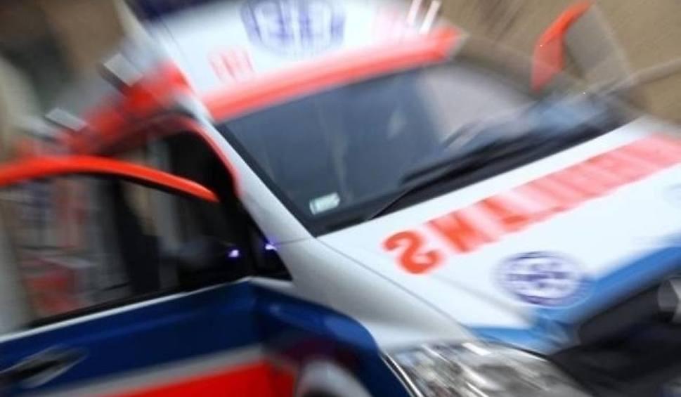 Film do artykułu: Oświęcim. Wypadł z okna na trzecim piętrze i nabił się na metalowy pręt
