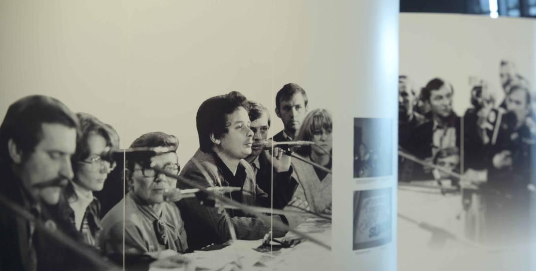 Spotkanie Założycielskie NSZZ Solidarność w Młodzieżowym Klubie Ster Stoczni Gdańskiej im. Lenina