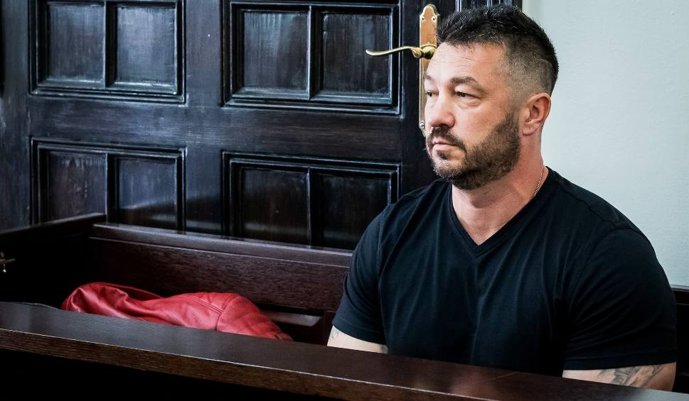 Film do artykułu: Sebastian Chmara kontra Krzysztof Pietrzak - o milionach w sądzie